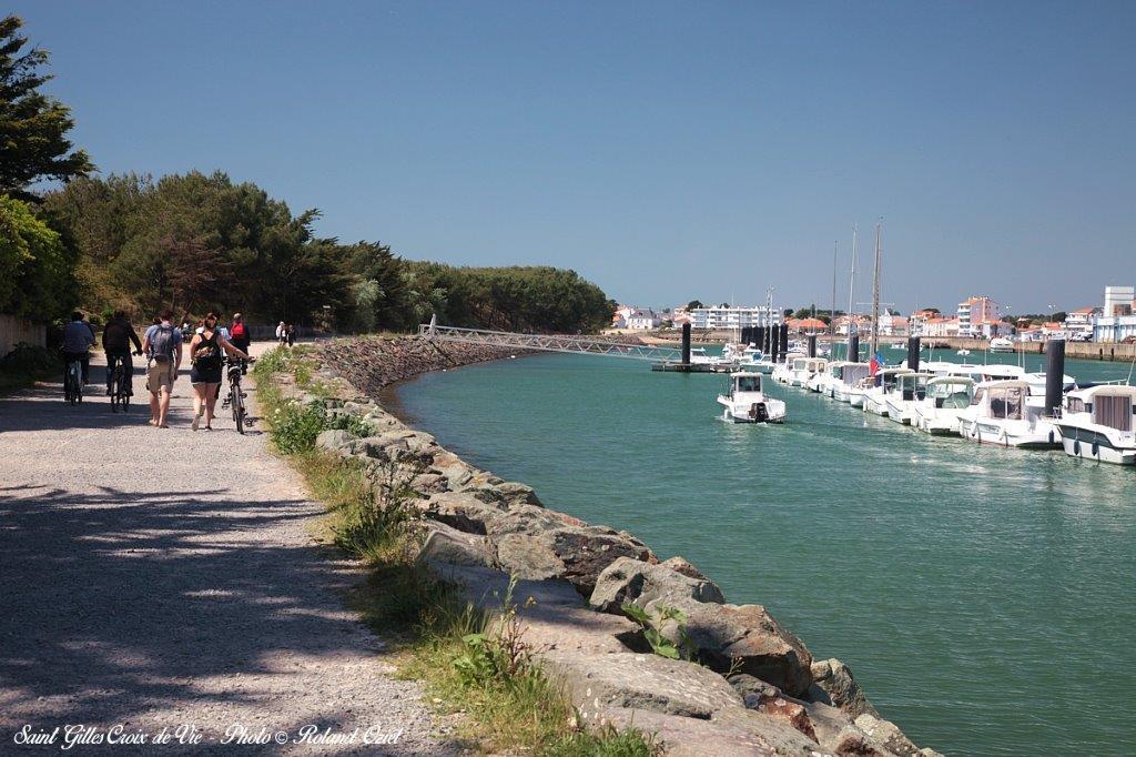 port de Saint Gilles Croix de vie balade à vélo