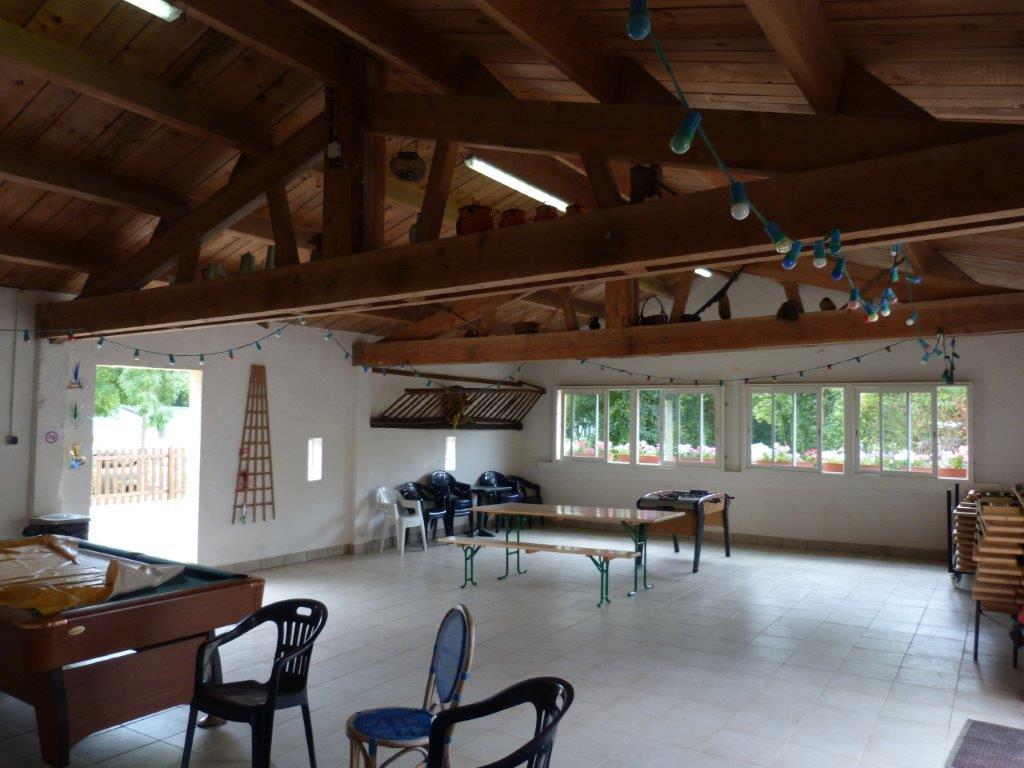 Salle du camping pour soirée animée