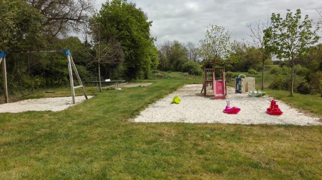 aire de jeux au camping en Vendée