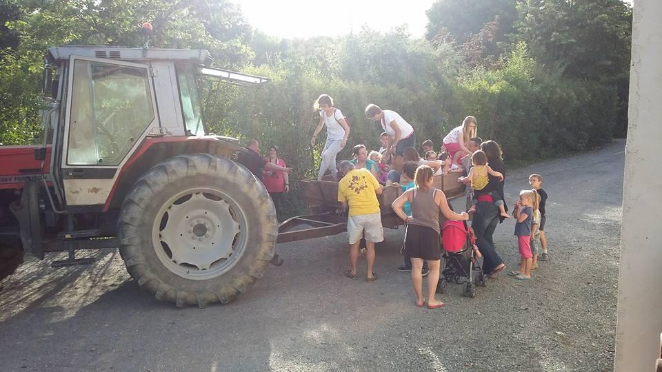 balade à tracteur pour les enfants