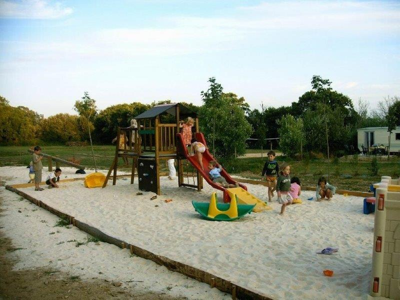 Camping familial et pas cher près de La Roche sur Yon