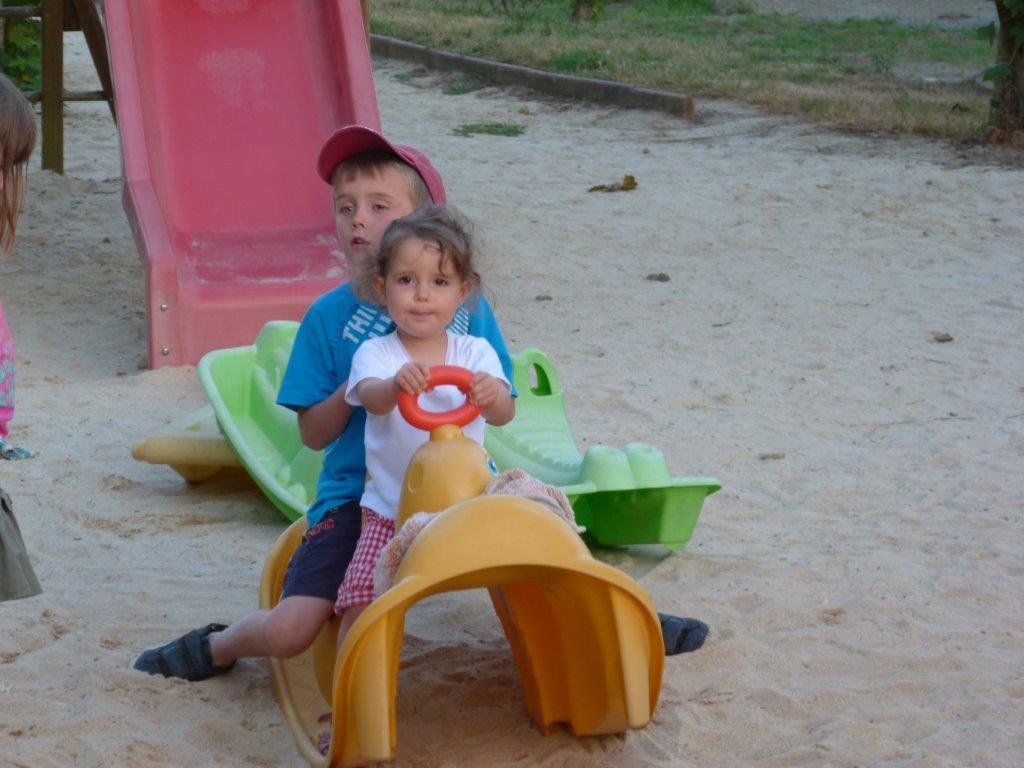 jeux du camping pour les enfants