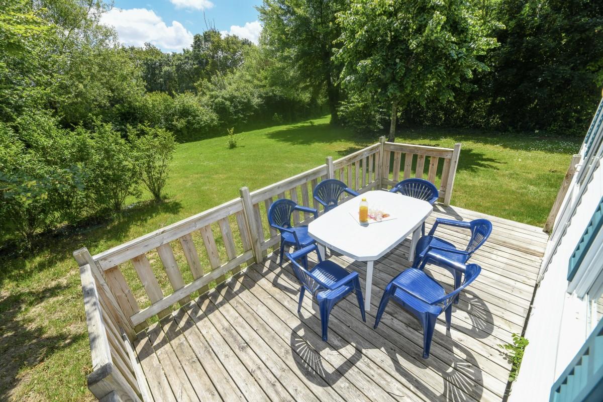 Terrasse mobil-home camping Vendée