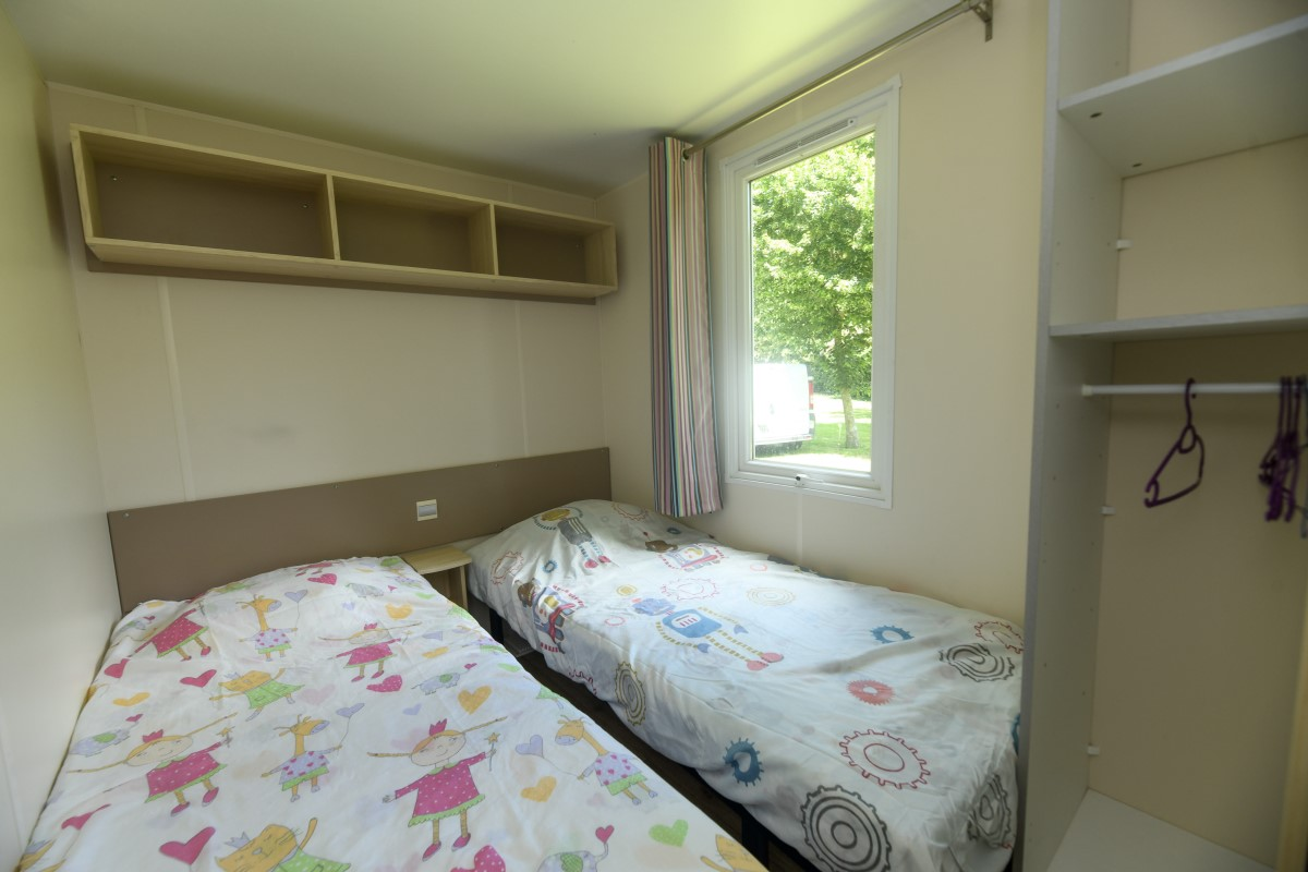 mobil-home Camping proche Saint gilles Croix de Vie Chambre 2