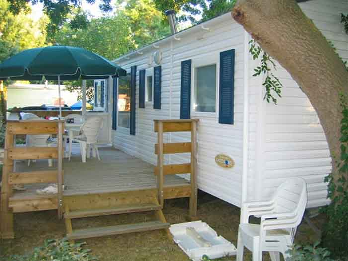 Hébergement camping avec piscine en Vendée
