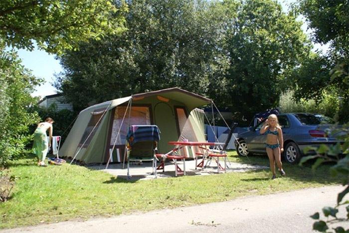 emplacement tente dans un camping proche Saint Gilles Croix de Vie